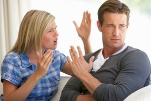 """La sua ragazza gli dà un ultimatum: """"io o il gatto"""". La risposta del ragazzo?…..Bellissima!!"""
