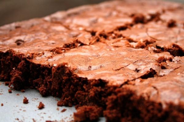 una teglia di brownies