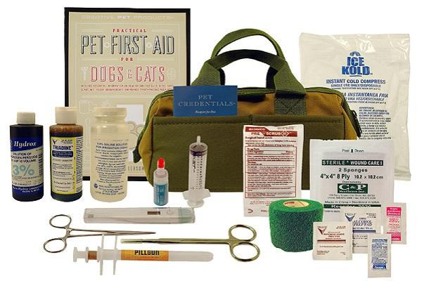 materiale per kit pronto soccorso