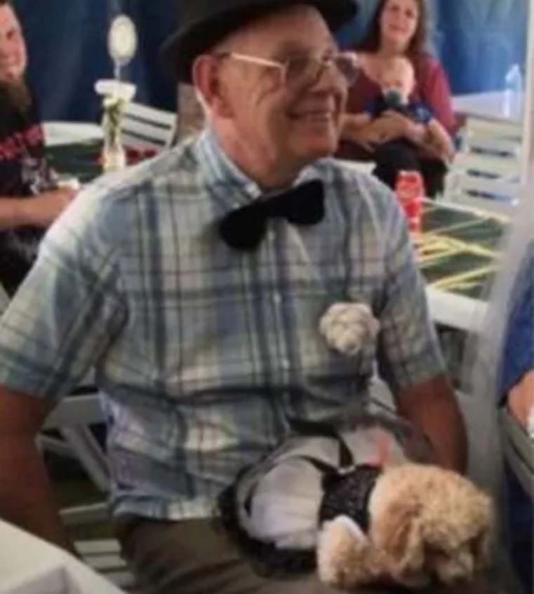 Cane Coco e il suo proprietario