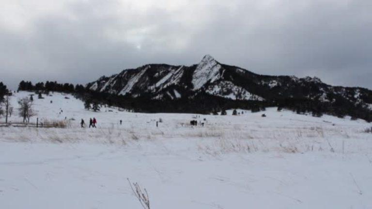 campo-ricoperto-di-neve