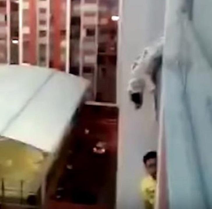 luna-balcone