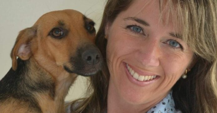 cagnolina-dal-veterinario-la-sua-tenera-reazione-video