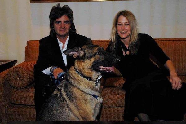 cane con la sua famiglia