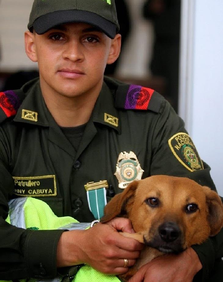 jonny ufficiale salva vita cane pericolo