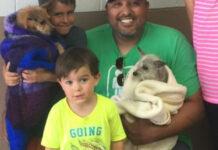 Cagnolini con la famiglia