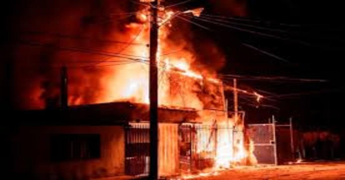 incendio distrugge casa