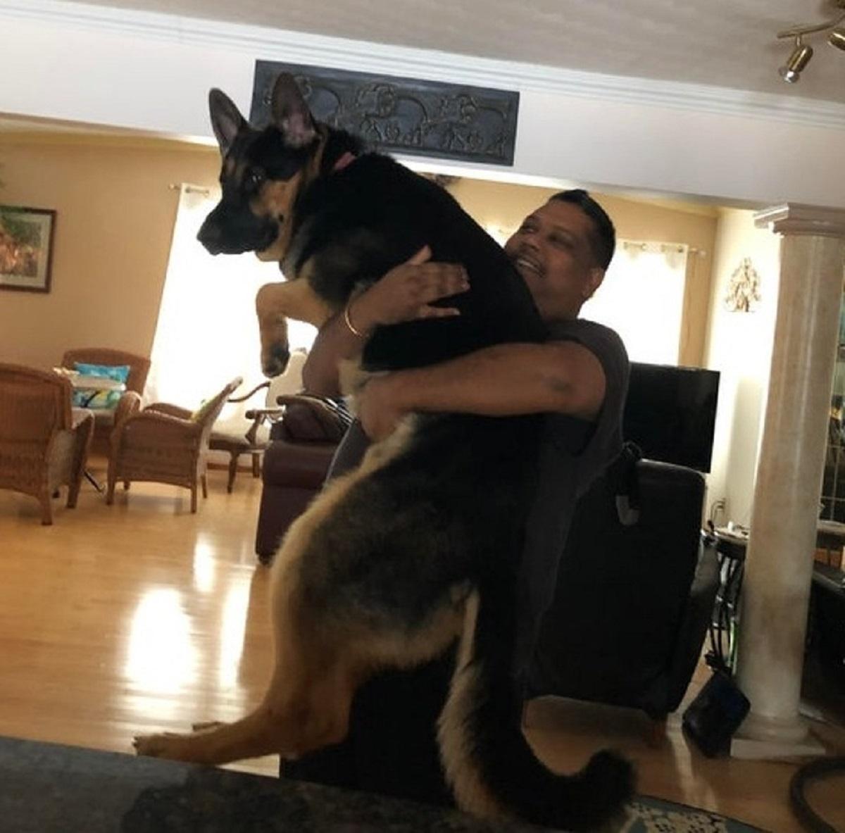 10 persone che non volevano animali-cagnolino in braccio