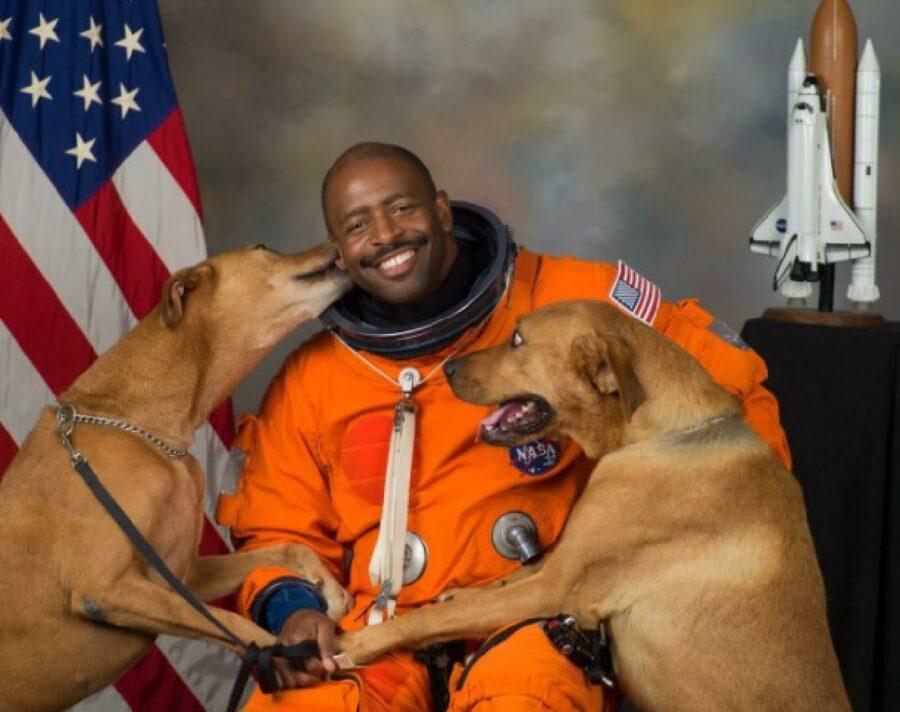 cani amore spazio uomo