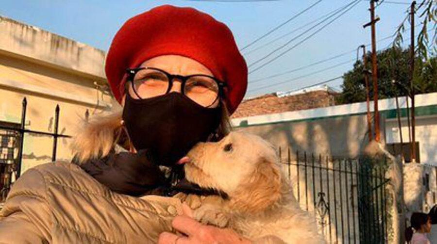 Nora Portello modella con 40 cani