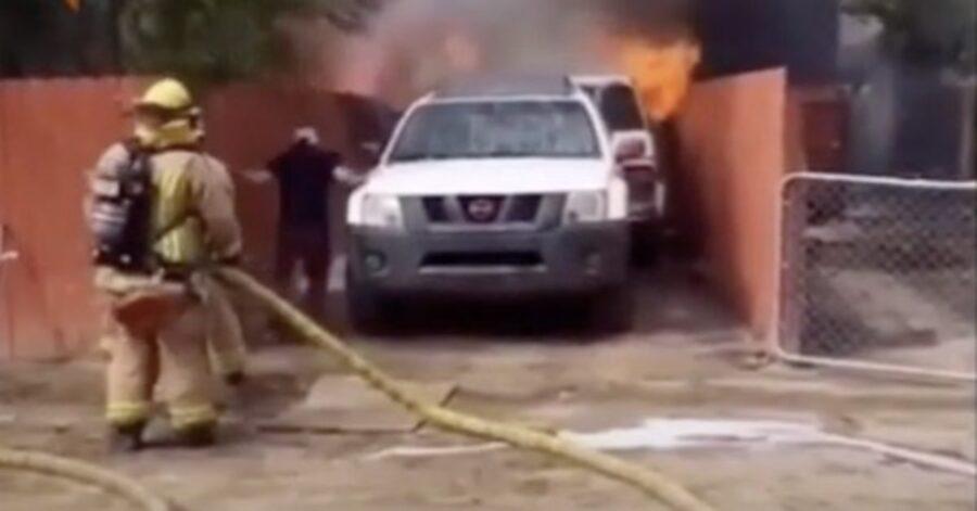 pompieri spengono un incendio