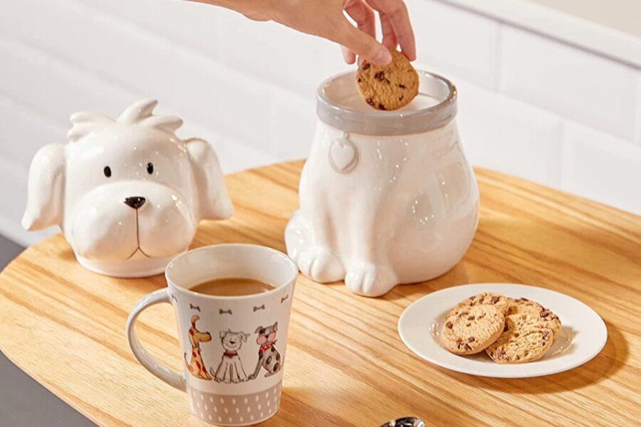 tazza con disegni di cane
