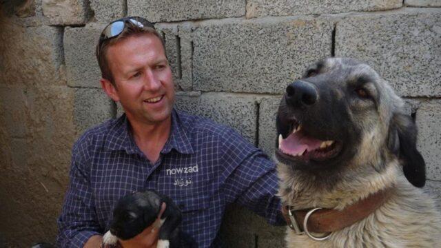 soldato con cani