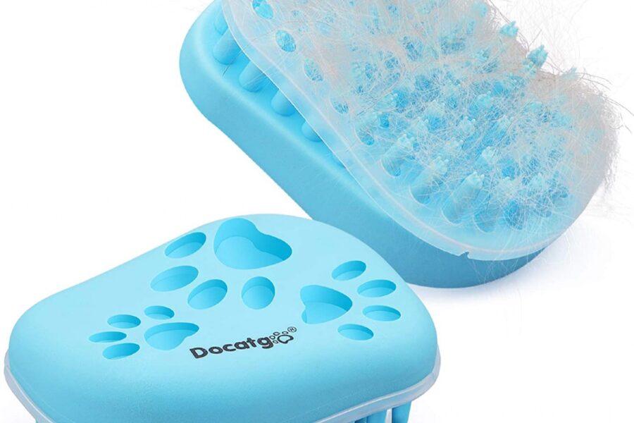 spazzola di plastica per cani