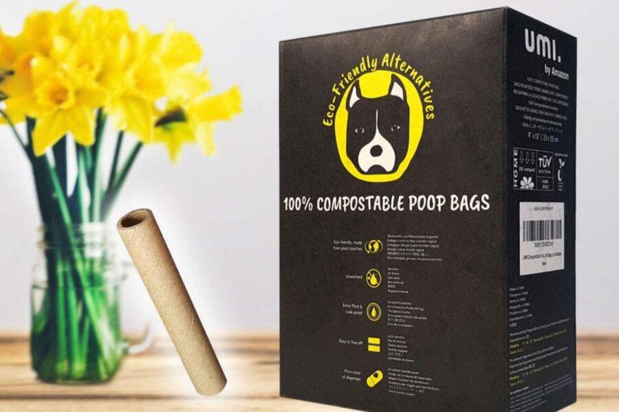 sacchetti per raccogliere i bisogni del cucciolo di cane